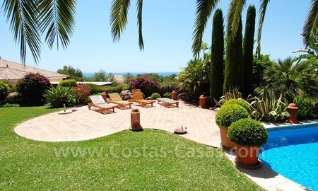 Luxury classical style villa to buy in Sierra Blanca, Marbella 25