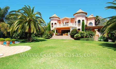 Luxury classical style villa to buy in Sierra Blanca, Marbella 0