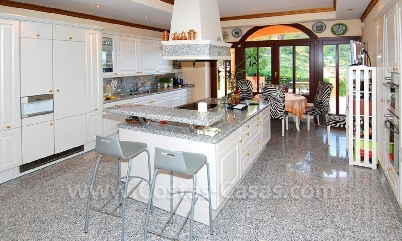 Luxury villa for sale in Sierra Blanca - Golden Mile - Marbella 13