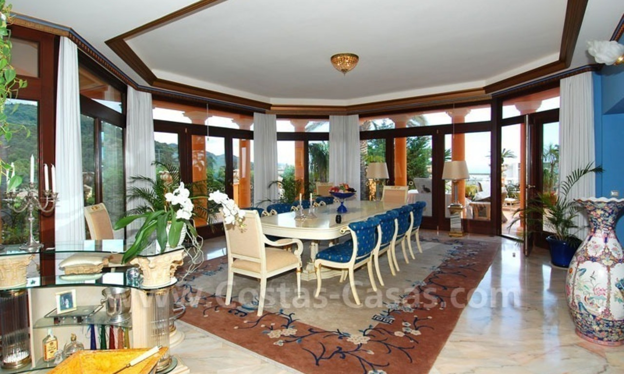 Luxury villa for sale in Sierra Blanca - Golden Mile - Marbella 11
