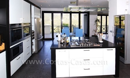 Contemporary villa for sale on front line golf, Benahavis – Marbella  14