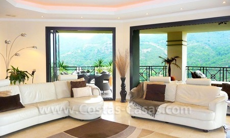 Contemporary villa for sale on front line golf, Benahavis – Marbella  11