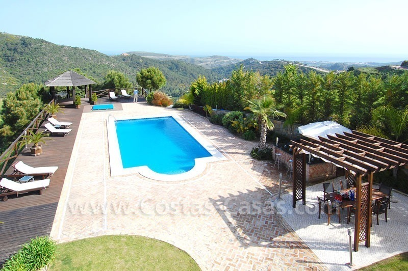 Contemporary villa for sale on front line golf, Benahavis – Marbella