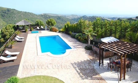 Contemporary villa for sale on front line golf, Benahavis – Marbella  0