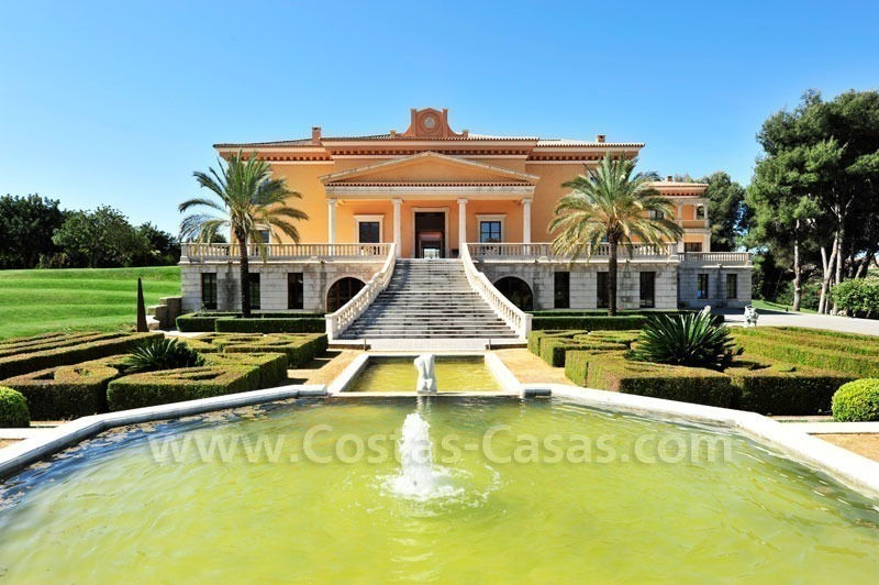 Unique palladian style mansion for sale in marbella