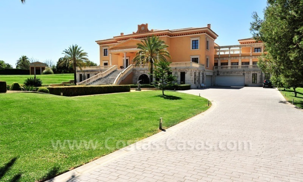 Unique Palladian style mansion for sale in Marbella 1