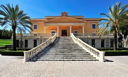 Unique Palladian style mansion for sale in Marbella 3