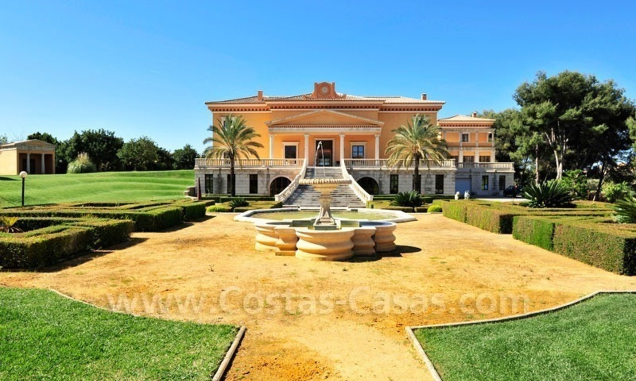 Unique Palladian style mansion for sale in Marbella 2