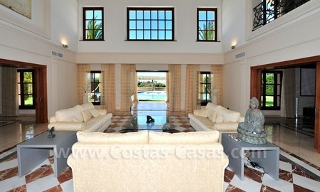 Unique Palladian style mansion for sale in Marbella 8