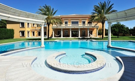 Unique Palladian style mansion for sale in Marbella 25