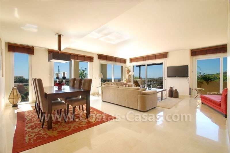 Bargain Penthouse apartment for sale in the area of Benahavis - Marbella