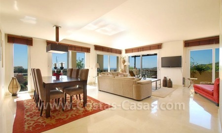 Penthouse apartment for sale in the area of Benahavis - Marbella