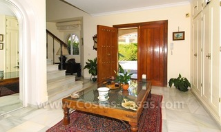 Charming andalusian styled villa for sale on first line golf in Nueva Andalucía, Marbella 12