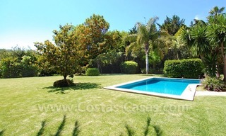 Charming andalusian styled villa for sale on first line golf in Nueva Andalucía, Marbella 9