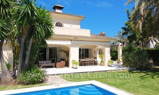 Charming andalusian styled villa for sale on first line golf in Nueva Andalucía, Marbella 4