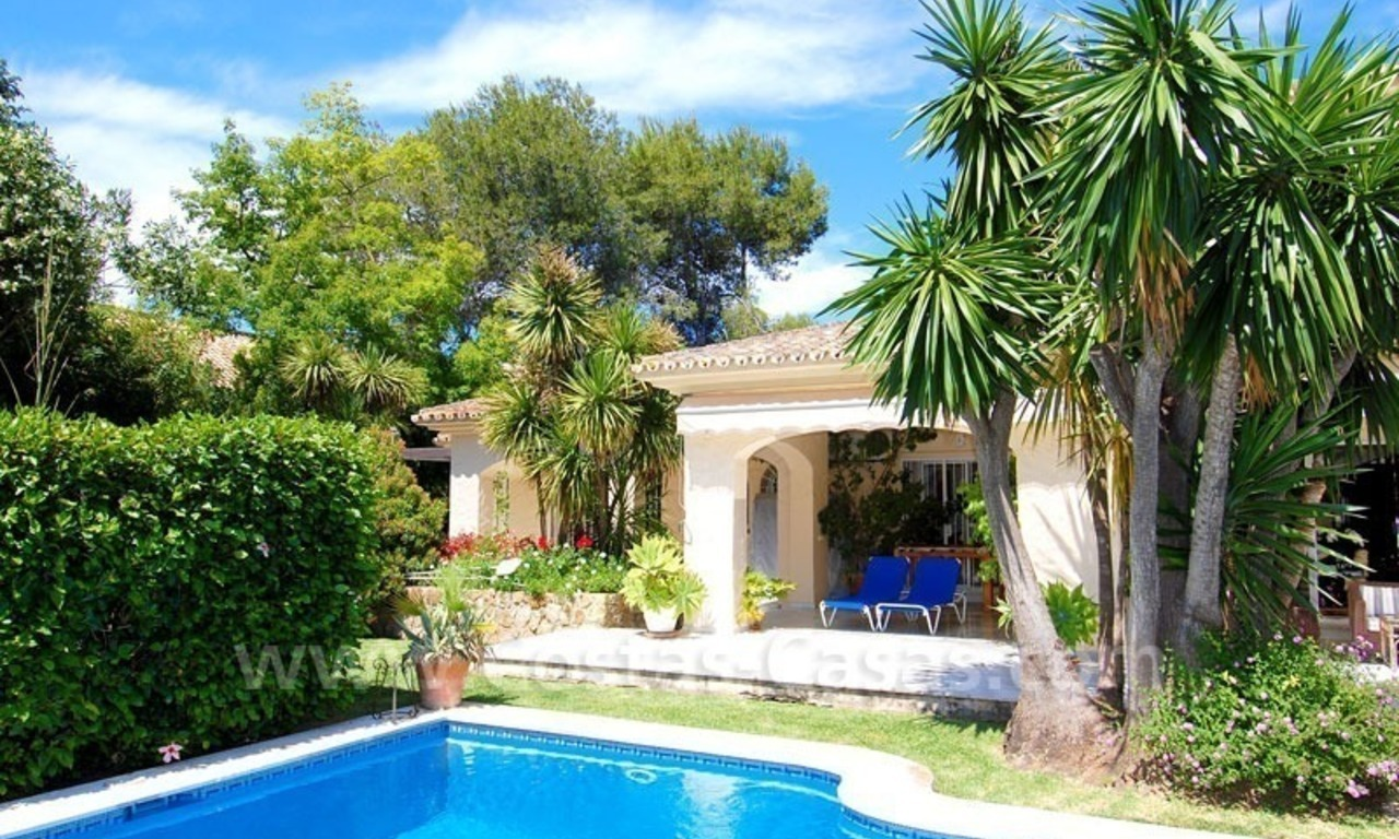 Charming andalusian styled villa for sale on first line golf in Nueva Andalucía, Marbella 5
