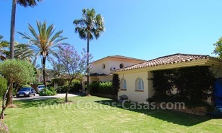 Charming andalusian styled villa for sale on first line golf in Nueva Andalucía, Marbella 26