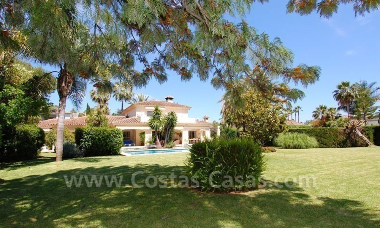 Charming andalusian styled villa for sale on first line golf in Nueva Andalucía, Marbella 2