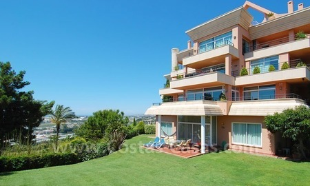 Spacious luxury apartment for sale in Nueva Andalucía, Marbella