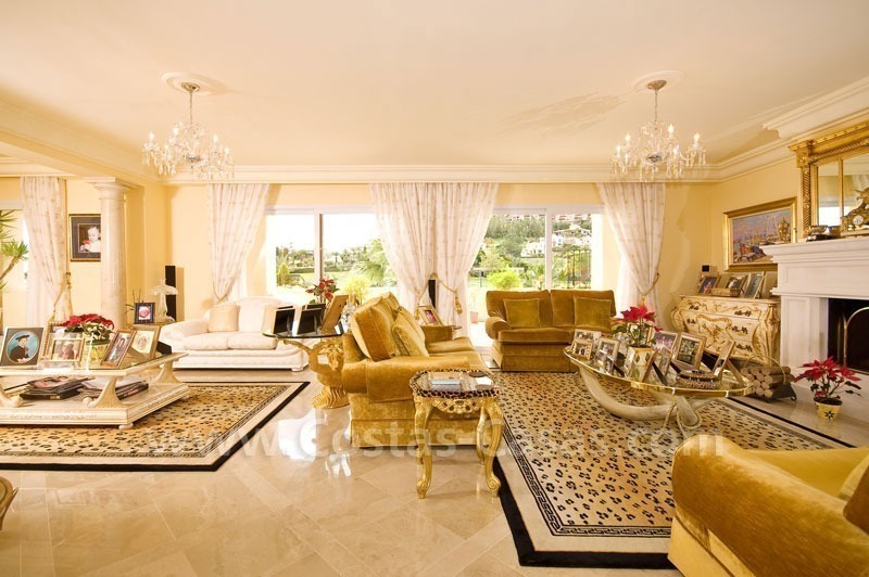 Exclusive penthouse apartment for sale in Nueva Andalucia - Marbella 13