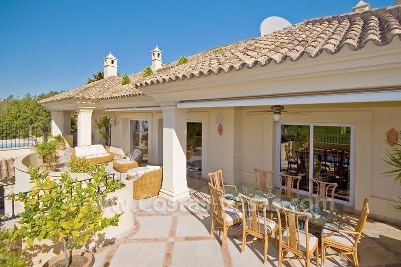 Exclusive penthouse apartment for sale in Nueva Andalucia - Marbella 5