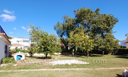 Plot with a detached villa for sale in Marbella town centre 2