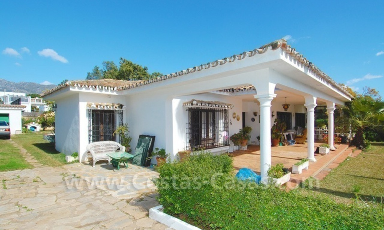 Plot with a detached villa for sale in Marbella town centre 4