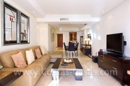 Frontline beach luxury apartment for sale in the area of Marbella - Estepona 3