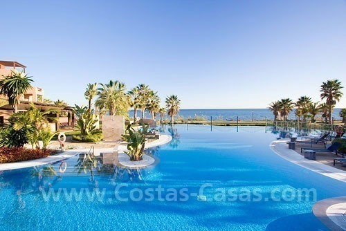 Frontline beach luxury apartment for sale in the area of Marbella - Estepona
