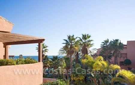 Frontline beach luxury apartment for sale in the area of Marbella - Estepona 2