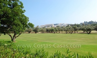 Frontline golf luxury villa for sale in Nueva Andalucia - Marbella 8