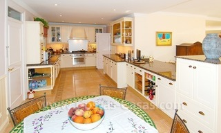 Frontline golf luxury villa for sale in Nueva Andalucia - Marbella 14
