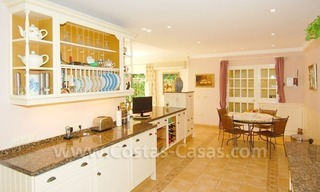 Frontline golf luxury villa for sale in Nueva Andalucia - Marbella 15