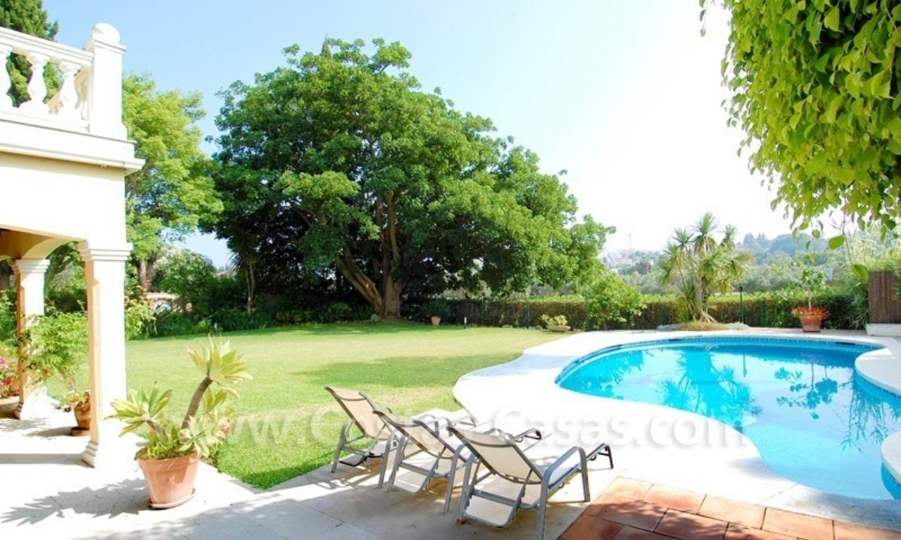 Frontline golf luxury villa for sale in Nueva Andalucia - Marbella 24