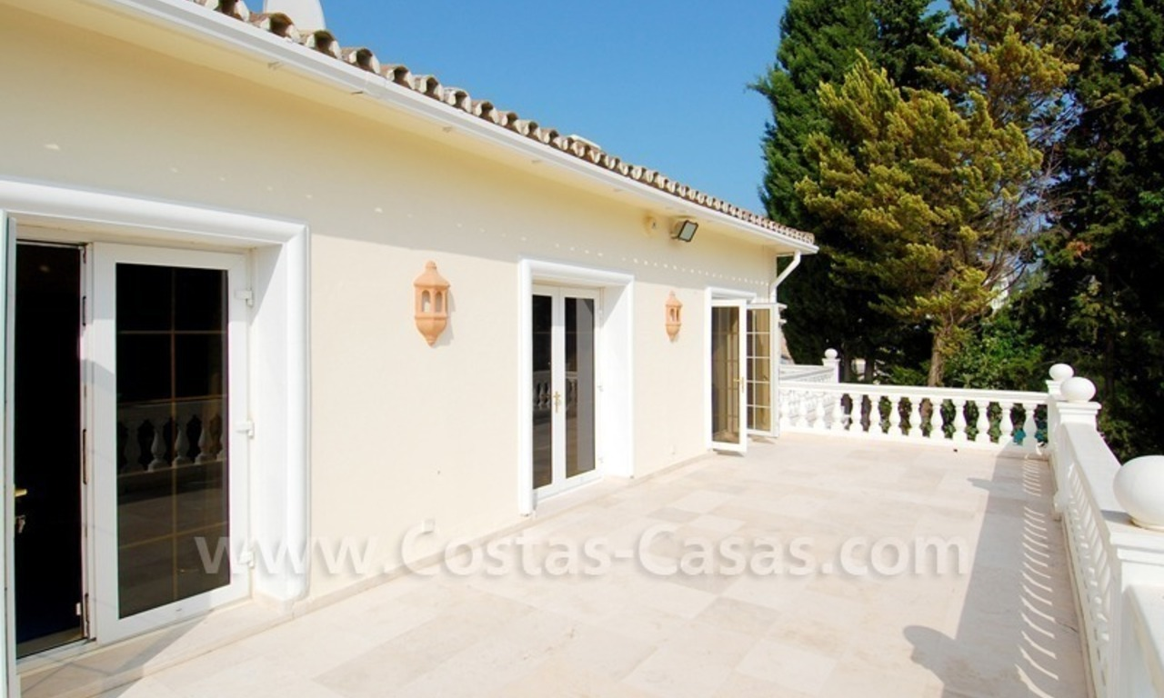 Frontline golf luxury villa for sale in Nueva Andalucia - Marbella 21