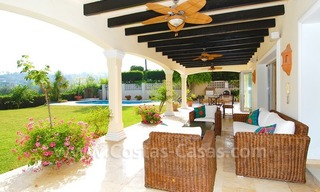 Frontline golf luxury villa for sale in Nueva Andalucia - Marbella 6