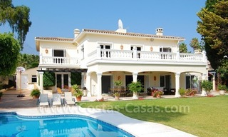 Frontline golf luxury villa for sale in Nueva Andalucia - Marbella 2