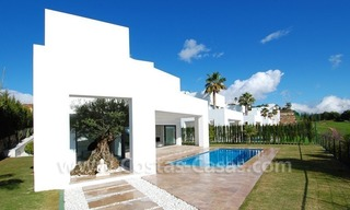 Contemporary luxury New Frontline Golf Villas for sale, Marbella - Benahavis 9