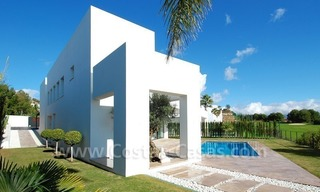 Contemporary luxury New Frontline Golf Villas for sale, Marbella - Benahavis 8