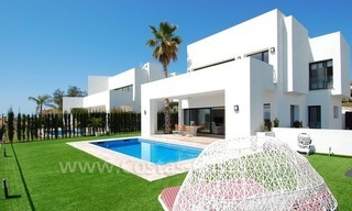 Contemporary luxury New Frontline Golf Villas for sale, Marbella - Benahavis 1