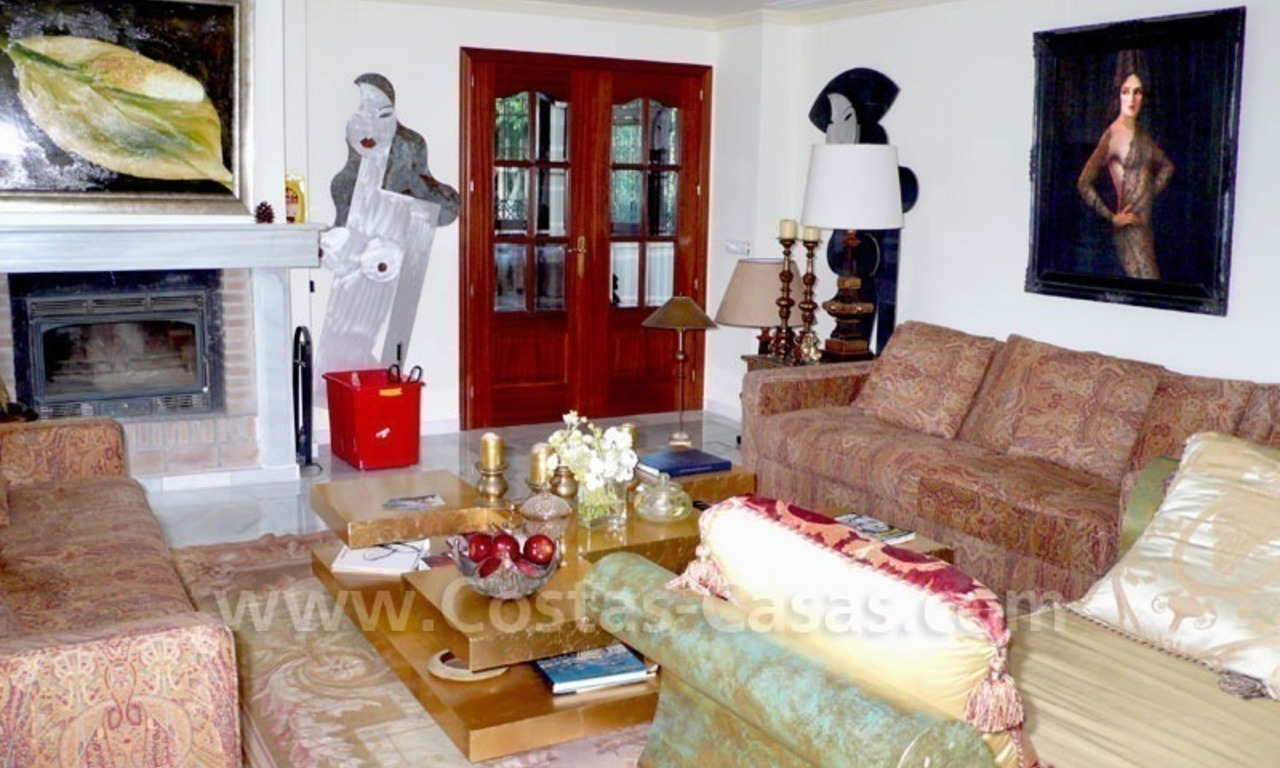 Luxury superb villa for sale on frontline golf in Marbella West – Estepona 14