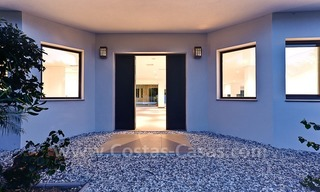 Modern styled first line golf villa for sale in Nueva Andalucía, Marbella 1