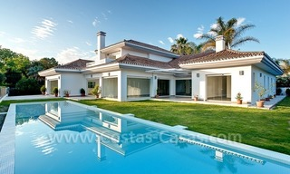 Modern styled first line golf villa for sale in Nueva Andalucía, Marbella 0