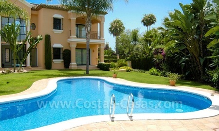 Unique front line golf andalusian styled villa to buy in Nueva Andalucía, Marbella 1