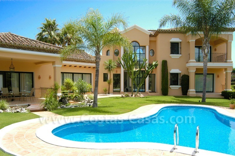 Unique front line golf andalusian styled villa to buy in Nueva Andalucía, Marbella 0