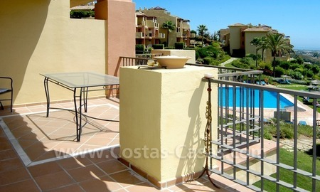 Bargain golf apartment to buy in West Marbella – Benahavis 5