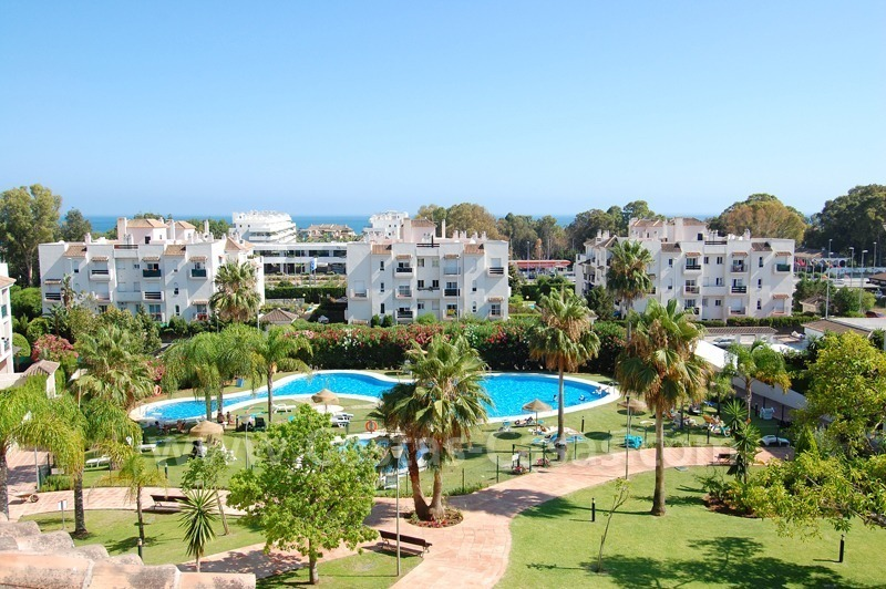Bargain penthouse apartment for sale in Nueva Andalucia – Marbella