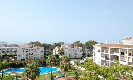 Bargain penthouse apartment for sale in Nueva Andalucia – Marbella 1