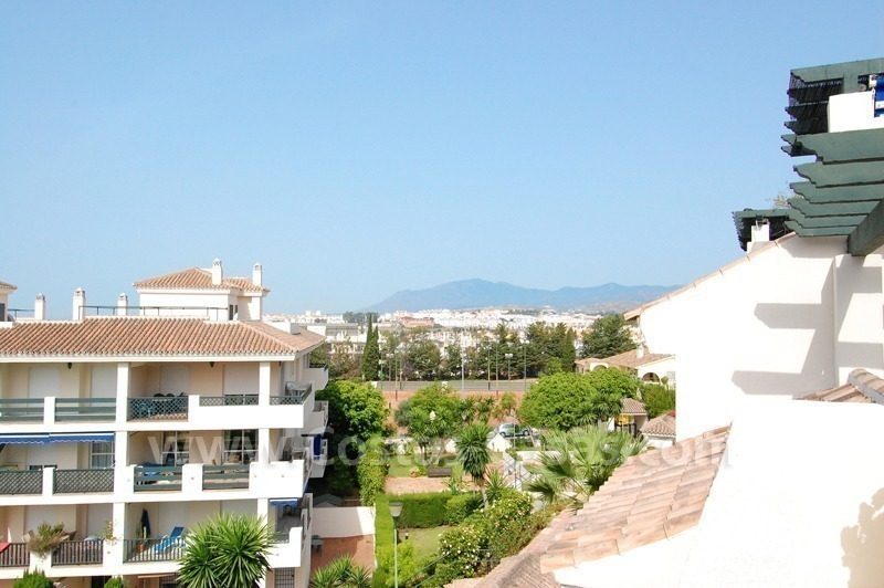 Bargain penthouse apartment for sale nueva andalucia marbella for Penthouse apartment for sale
