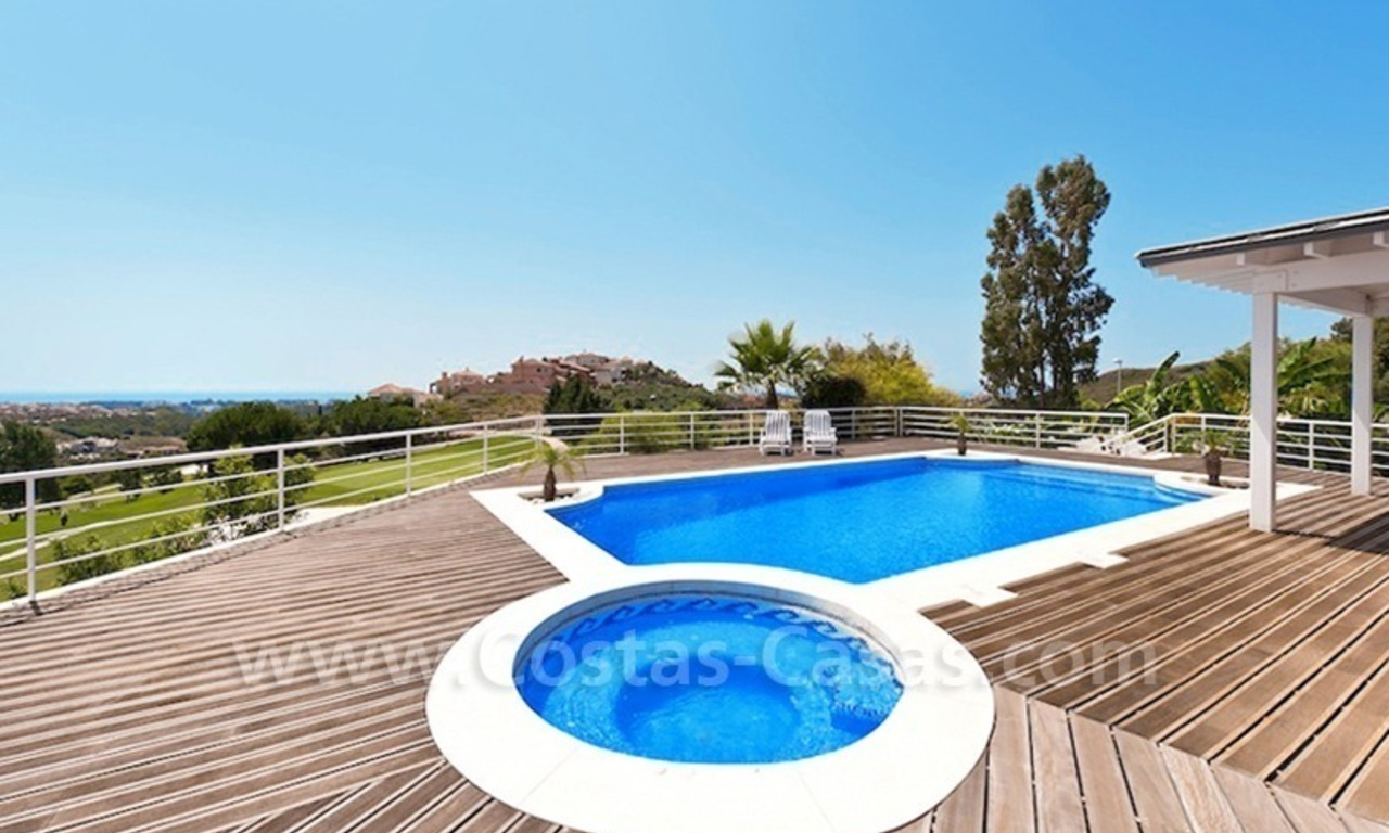 Front line golf villa for sale, Marbella - Benahavis 3